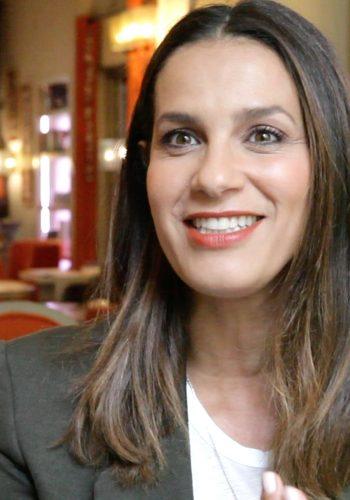 Elisa TOVATI, chanteuse et comédienne sensibilisée aux enjeux de notre planète - L'interview 100% PLANET